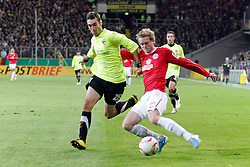 27.10.2010,  Tivoli, Aachen, GER, DFB Pokal, Alemannia Aachen vs Mainz 05, 2. Runde, im Bild: Mirko Casper (Aachen #28) hindert Andre Schuerrle (Mainz #14) am Flanken  EXPA Pictures © 2010, PhotoCredit: EXPA/ nph/  Mueller+++++ ATTENTION - OUT OF GER +++++