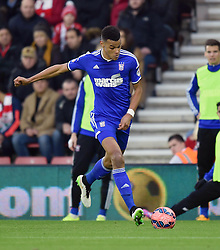 Ipswich Town's Tyrone Mings on the attack against Southampton at St Mary's Stadium - Photo mandatory by-line: Paul Knight/JMP - Mobile: 07966 386802 - 04/01/2015 - SPORT - Football - Southampton - St Mary's Stadium - Southampton v Ipswich Town - FA Cup Third Round