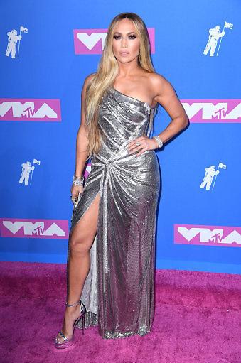 Jennifer Lopez arriving at the MTV Video Music Awards 2018, Radio City, New York. Photo credit should read: Doug Peters/EMPICS