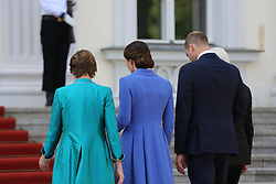 July 19, 2017 - Berlin, Berlin, Germany - Federal President Frank-Walter Steinmeier and his wife Elke Büdenbende welcome the British Prince William, Duke of Cambridge and his wife Catherine, Duchess of Cambridge, in front of Bellevue Palace, on the red carpet in front of Bellevue Palace in Berlin. (Credit Image: © Simone Kuhlmey/Pacific Press via ZUMA Wire)