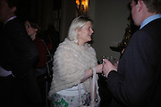 Clare de Lule. Book party to celebrate the publication of ' How the King of Scots Won the Throne of England in 1603 by Leanda de Lisle. St. Wilfred's Hall. Brompton Oratory. London. 9 May 2005. ONE TIME USE ONLY - DO NOT ARCHIVE  © Copyright Photograph by Dafydd Jones 66 Stockwell Park Rd. London SW9 0DA Tel 020 7733 0108 www.dafjones.com