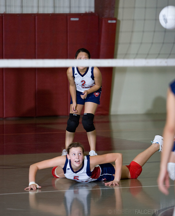 The Master's School, West Simsbury, CT. 2010-2011. Varsity Vollyball.  (Photo by Robert Falcetti). .