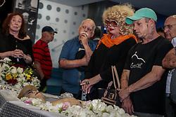 September 5, 2017 - Jane Di Castro, durante o velório da atriz Rogéria, que morreu aos 74 anos, na noite de segunda-feira (4), vítima de choque séptico. Velório realizado no Teatro João Caetano, no Centro do Rio de Janeiro, RJ. (Credit Image: © André Horta/Fotoarena via ZUMA Press)