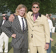 2001 Henley Royal Regatta, Henley on Thames, ENGLAND. right  James Cracknell and Tim Foster © Peter Spurrier/Intersport-Images Tel +44 7973 819 551 20010604 Henley Royal Regatta, Henley, Great Britain.