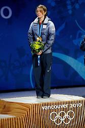 14-02-2010 SCHAATSEN: OLYMPISCHE SPELEN: CEREMONIE: VANCOUVER<br /> KEARNEY Hannah USA<br /> ©2010-WWW.FOTOHOOGENDOORN.NL