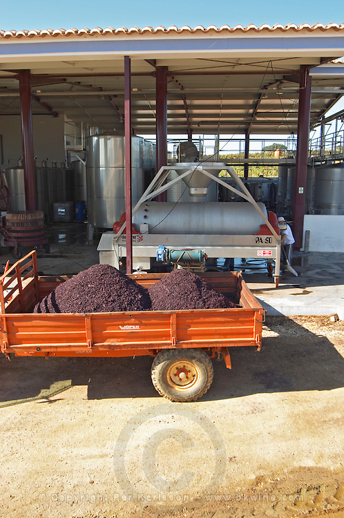 emptying press residue herdade de sao miguel alentejo portugal