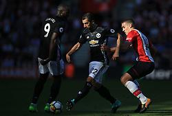 23 September 2017 -  Premier League - Southampton v Manchester United - Henrikh Mkhitaryan and Romelu Lukaku of Manchester United in action with Oriol Romeu of Southampton - Photo: Marc Atkins/Offside