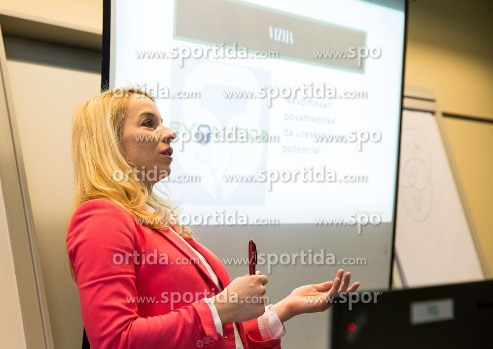 Maja Adamic, Poslovna skupina BNI Mostovi, srecanje dne 12. decembra 2018. Foto: Vid Ponikvar / Sportida