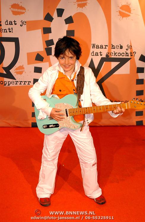 Uitreiking Kids Choice Awards 2004, finalist Jeugd Songfestival 2004 marnix