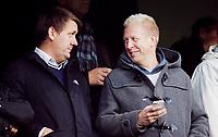 Fotball<br /> Tippeligaen<br /> Ullevål Stadion 23.09.12<br /> Vålerenga VIF - Hønefoss HBK<br /> Vålerengas nye sportslige leder Stein Hoff med Adm dir Pål Breen<br /> Foto: Eirik Førde