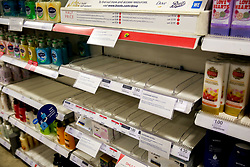 © Licensed to London News Pictures. 03/03/2020. London, UK. Boots store in London runs out of hand wash amid increased number of cases of Coronavirus (COVID-19) in the UK. Fifty one people have tested positive of Coronavirus in the UK and Prime Minister Boris Johnson has set out the Government's plans to tackle Coronavirus (Covid-19). Photo credit: Dinendra Haria/LNP