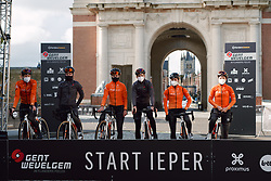 Rally Cycling arrive at the 2020 Gent Wevelgem - Elite Women, a 141.4 km road race from Ieper to Wevelgem, Belgium on October 11, 2020. Photo by Sean Robinson/velofocus.com