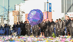 November 2, 2018 - Leicester, Leicestershire, United Kingdom - Leicester City players and fans are seen paying tribute to the Leicester City chairman. (Credit Image: © Ben Booth/SOPA Images via ZUMA Wire)