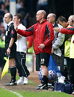 Photo: Dave Linney.<br />Walsall v Barnsley. Coca Cola League 1. 06/05/2006.<br />Barnsley Mgr Andy Ritchie