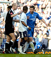 Photo: Ed Godden/Sportsbeat Images.<br /> Chelsea v Tottenham Hotspur. The FA Cup. 11/03/2007.<br /> Referee Mike Riley keeps Chelsea's Andriy Shevchenko (R) and Didier Zokora apart.