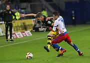 Fussball: Deutschland, 1. Bundesliga, Hamburger SV - BVB Borussia Dortmund, Hamburg, 20.11.2015<br /> <br /> Matthias Ginter (BVB, l.) - Ivo Ilicevic (HSV) <br /> <br /> © Torsten Helmke