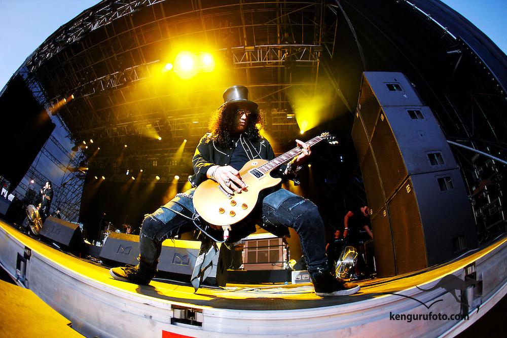 KRISTIANSAND 20090630: Gitaristen Slash på scenen under første dag av årets Quartfestival tirsdag kveld.<br /> Foto: Tor Erik Schrøder / SCANPIX .