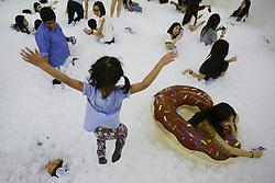 May 20, 2017 - Bangkok, Bangkok, Thailand - A visitors interact with the installation ''The Beach'' at a shopping mall in Bangkok, Thailand, May 20, 2017. (Credit Image: © Anusak Laowilas/NurPhoto via ZUMA Press)