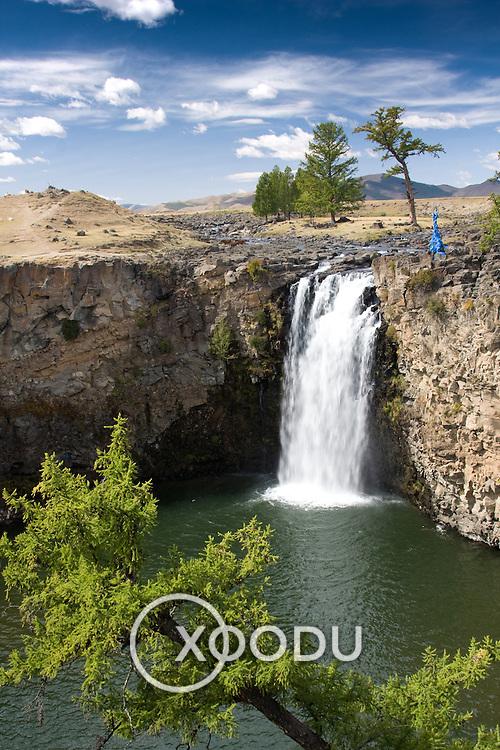 Ulaan Tsutgalan waterfall in Orkhon Valley (, Mongolia - Sep. 2008) (Image ID: 080909-1153581a)